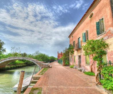1374509895Ponte-del-Diavolo-Torcello-a30909718